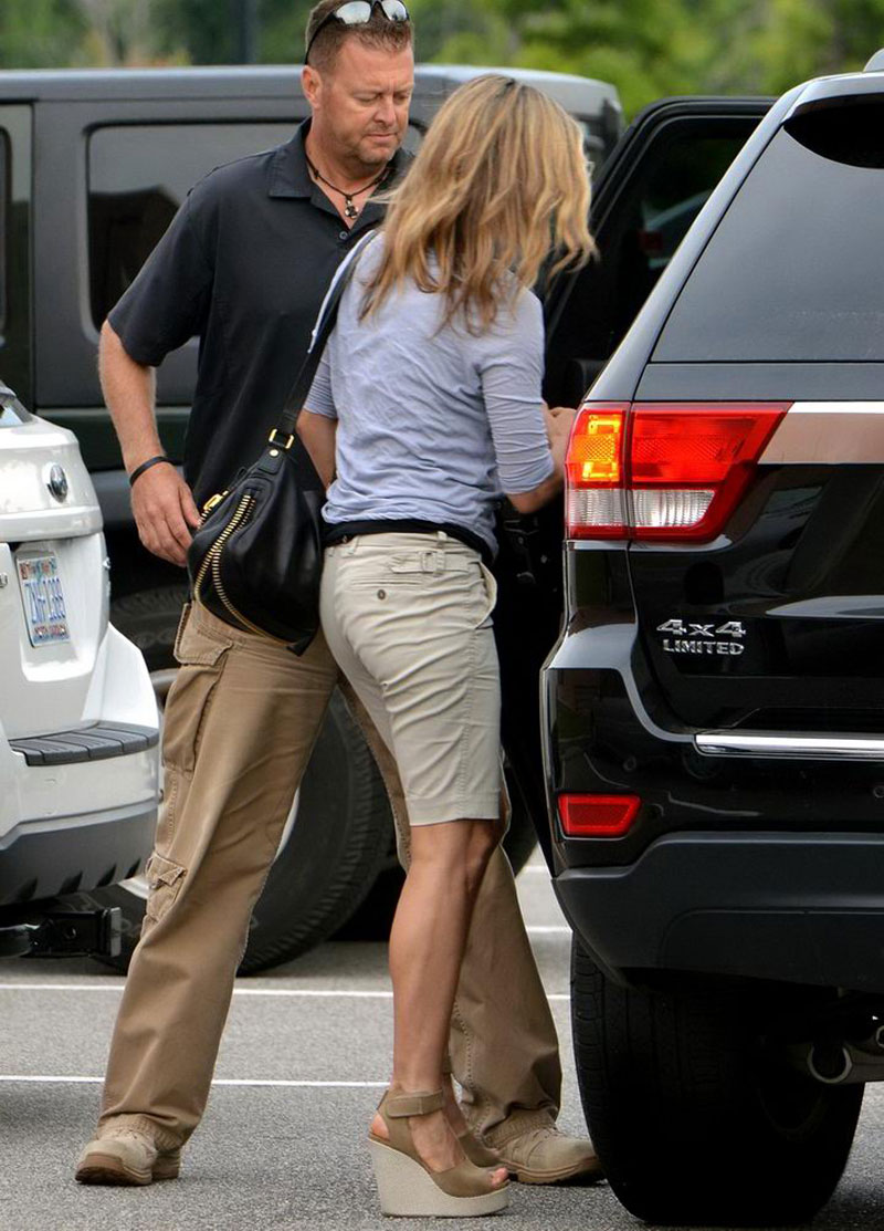 Jennifer Aniston Out And About In Wilmington Hawtcelebs