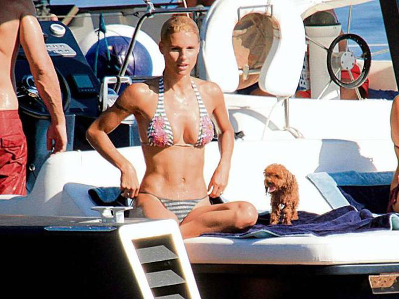 Michelle Hunziker In Bikini Hawtcelebs Images, Photos, Reviews