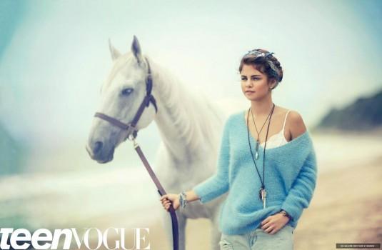 selena-gomez-in-teen-vogue-magazine-september-2012-issue