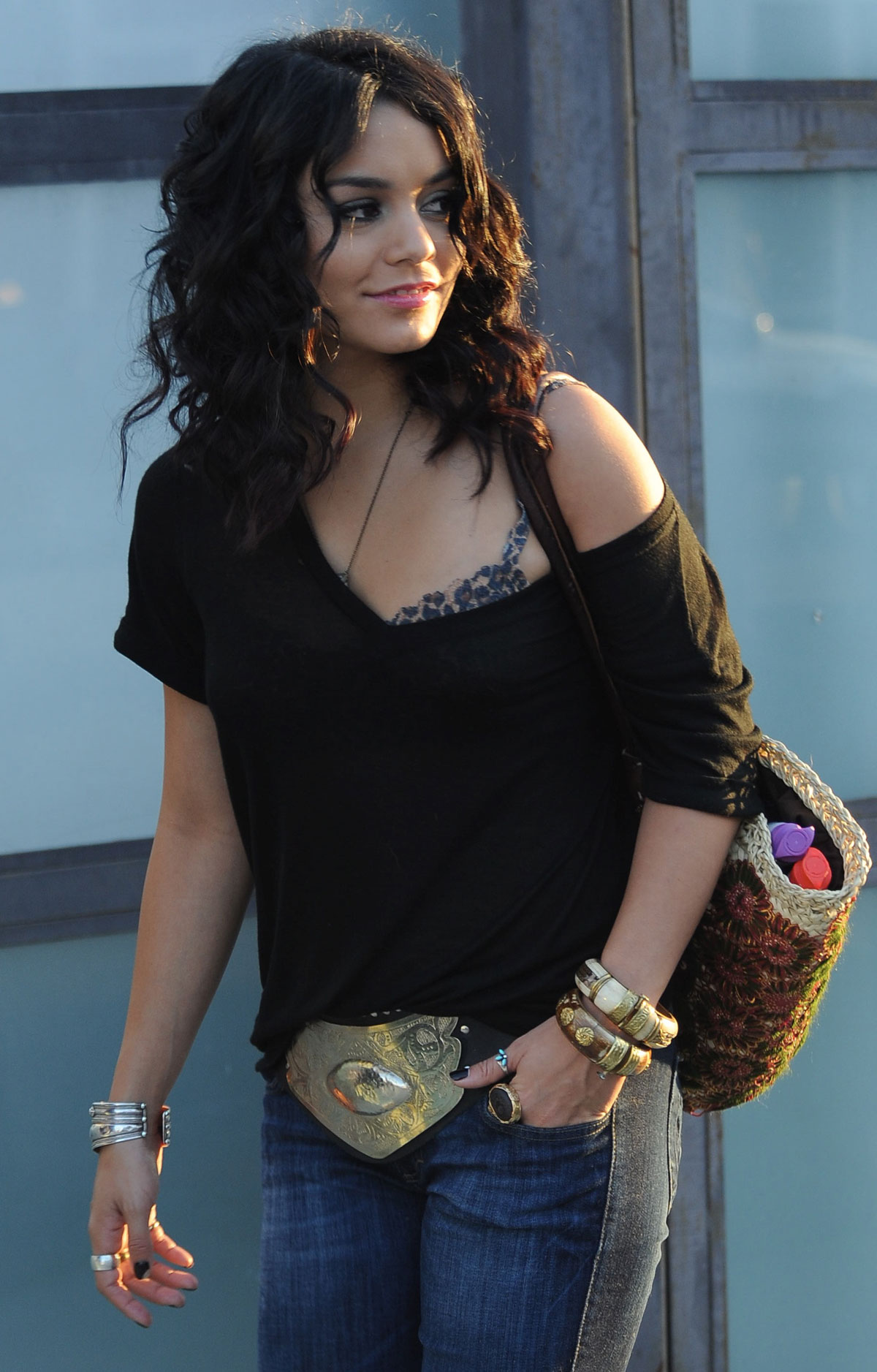 VANESSA HUDGENS in Jeans Out and About in Venice - HawtCelebs Vanessa