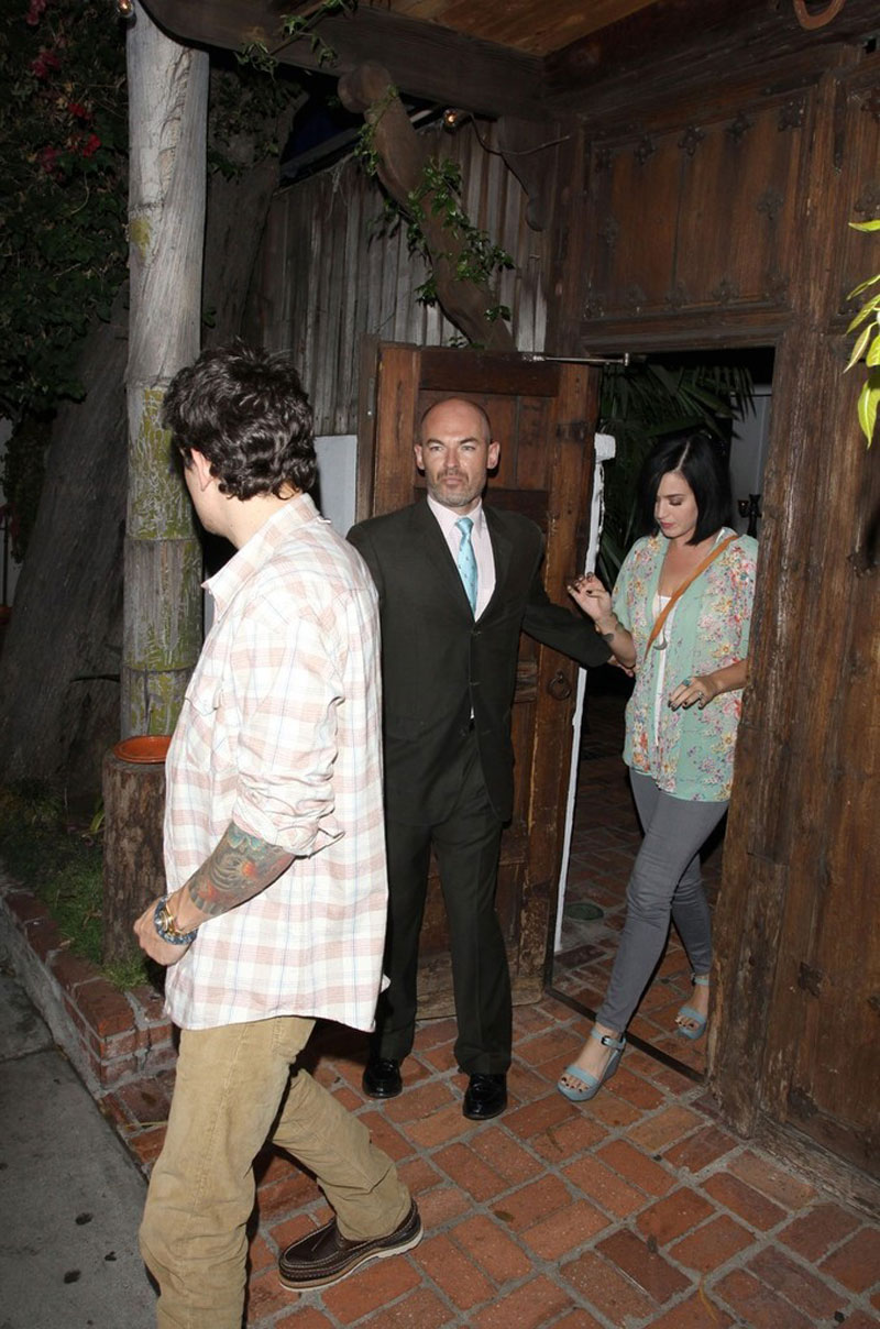 KATY PERRY and John Mayer & KATY PERRY and John Mayer Leaves the Little Door Restaurant in Los ...