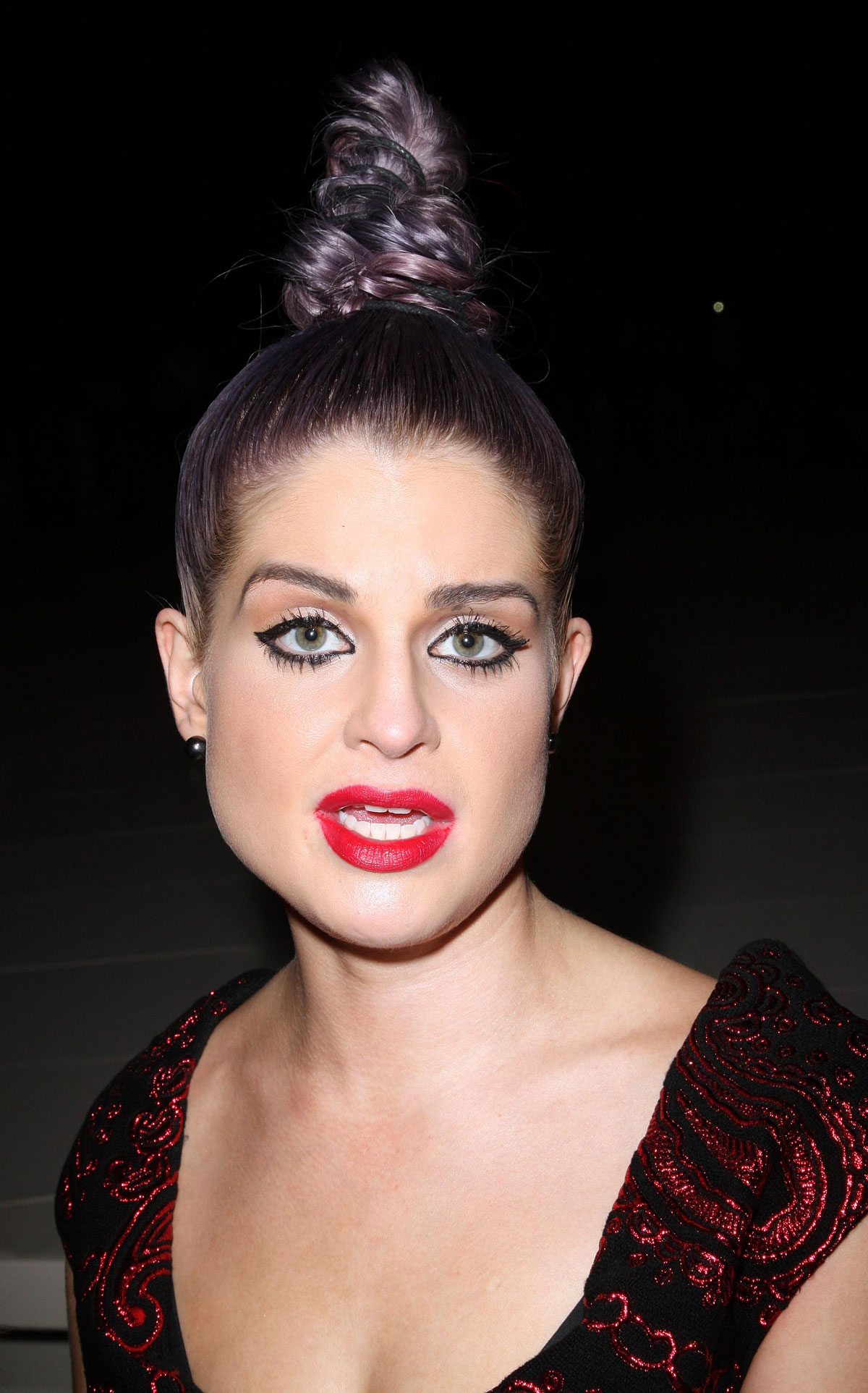 KELLY OSBOURNE at Marc Jacobs Fashion Show in New York ...Kelly Osbourne Age