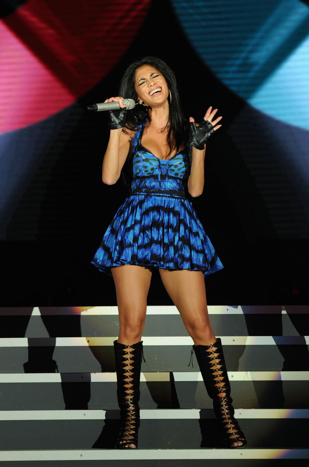 nicole scherzinger performs at gq china men of the year. Black Bedroom Furniture Sets. Home Design Ideas