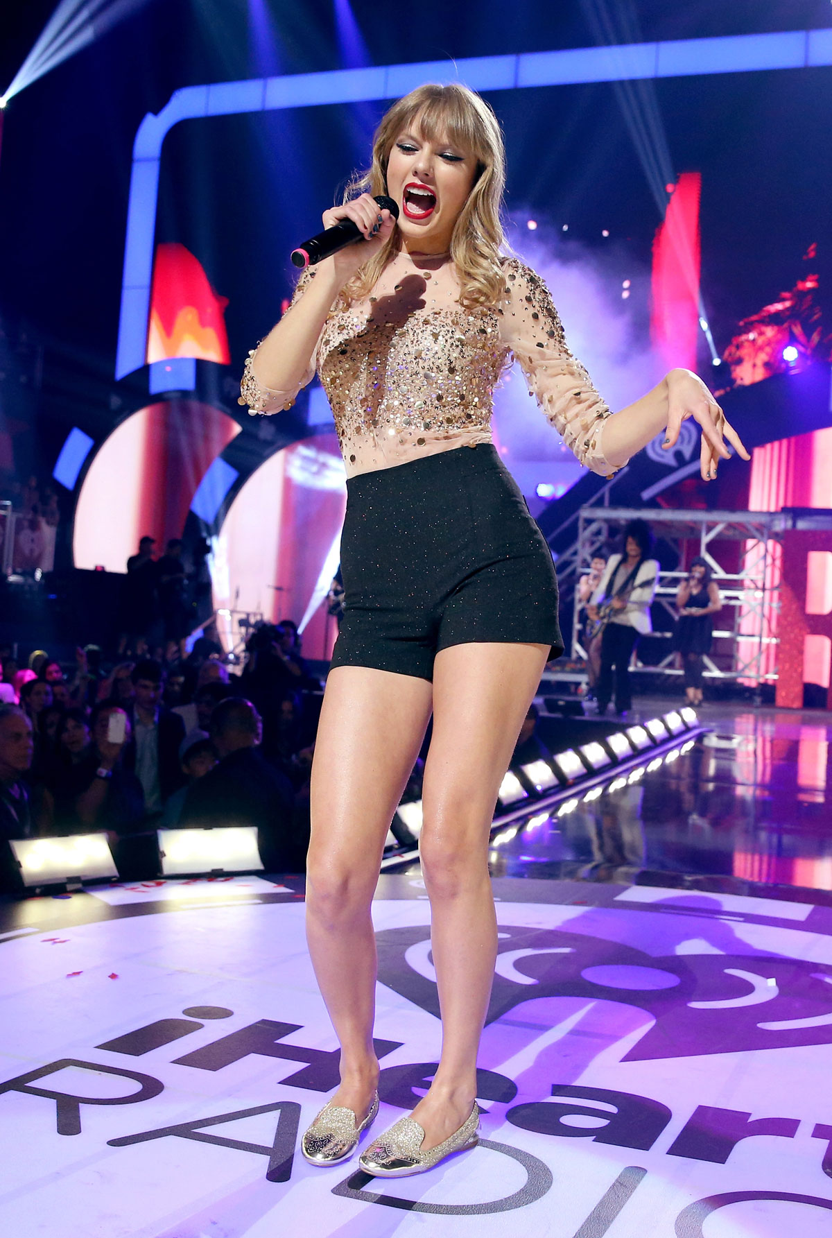 Taylor Swift At Iheartradio Music Festival Hawtcelebs