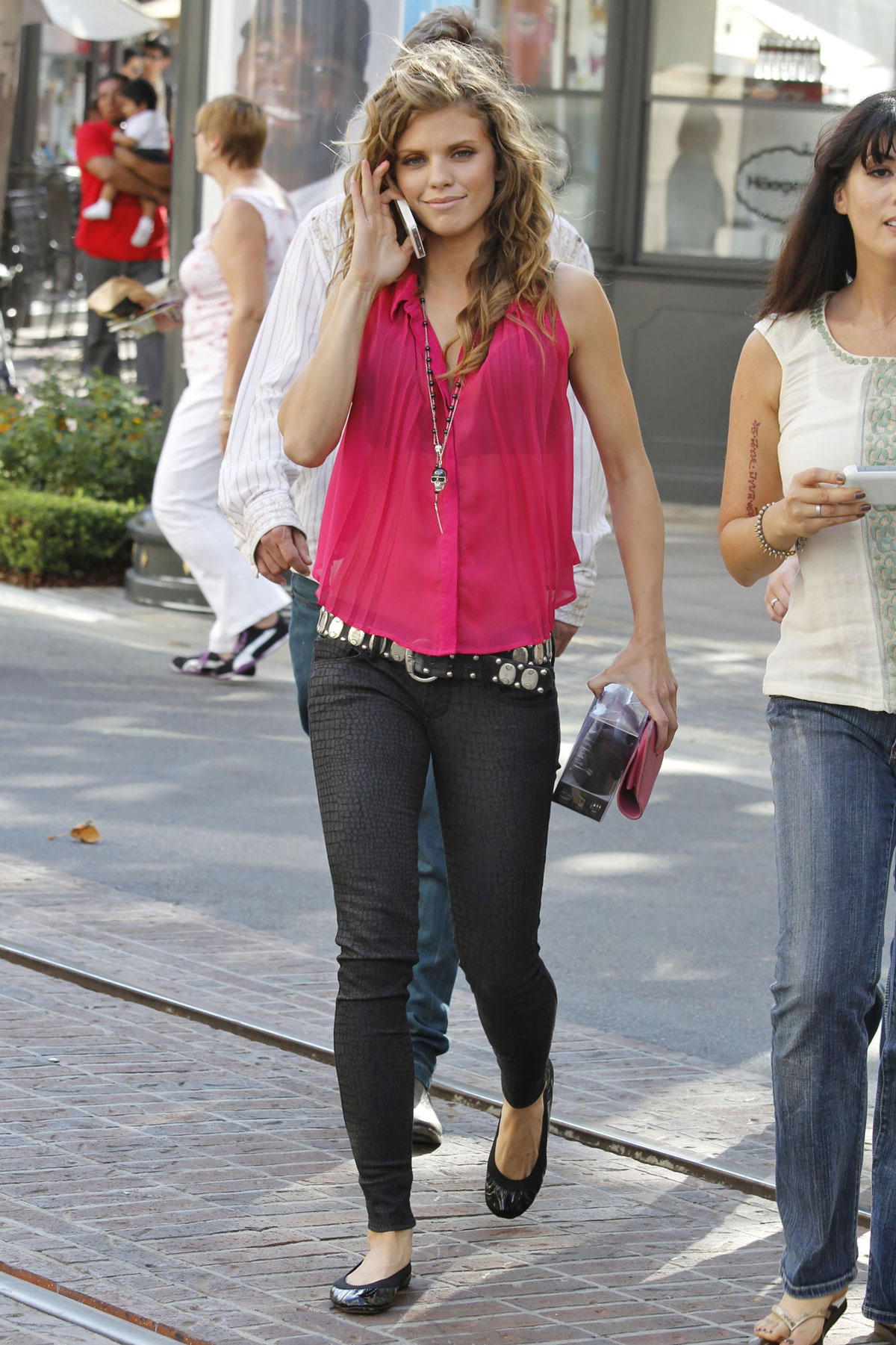 264a9a7f844 ANNALYNNE McCORD in Tight Pants Shopping at The Grove in Los Angeles ...