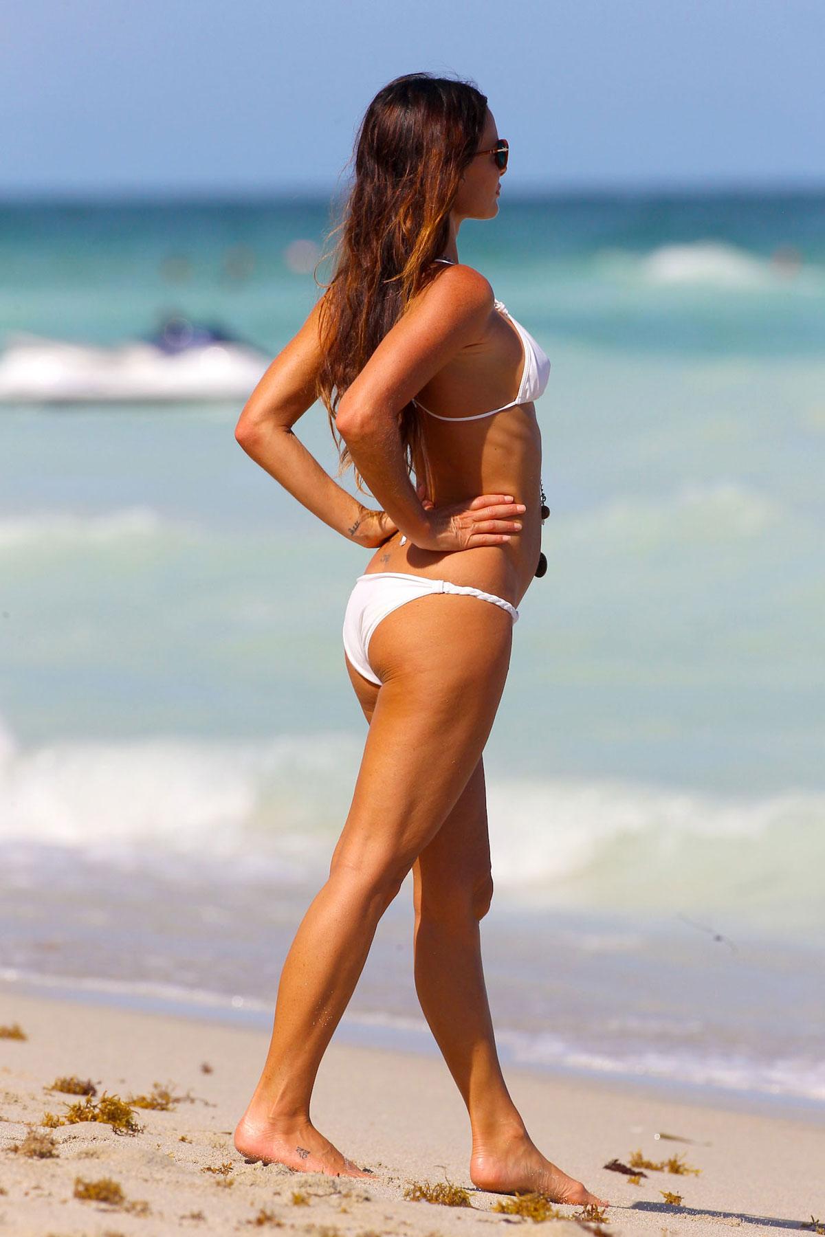Feet Gabrielle Anwar naked (82 foto and video), Topless, Bikini, Boobs, see through 2006