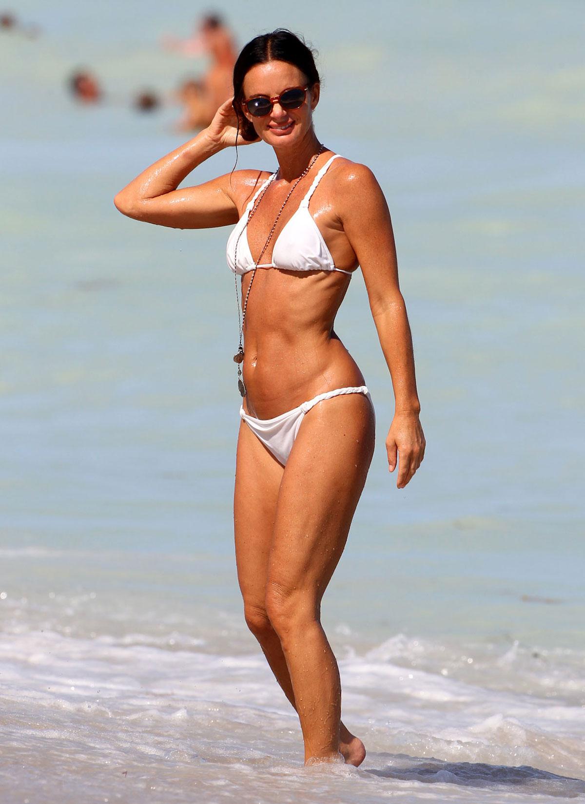 photos anwar gabrielle Bikini of