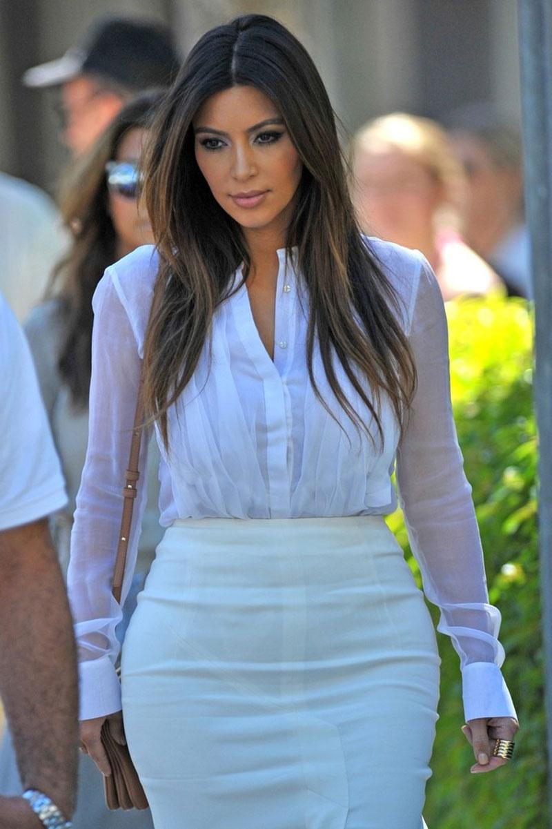 KIM KARDASHIAN Out and... Kim Kardashian