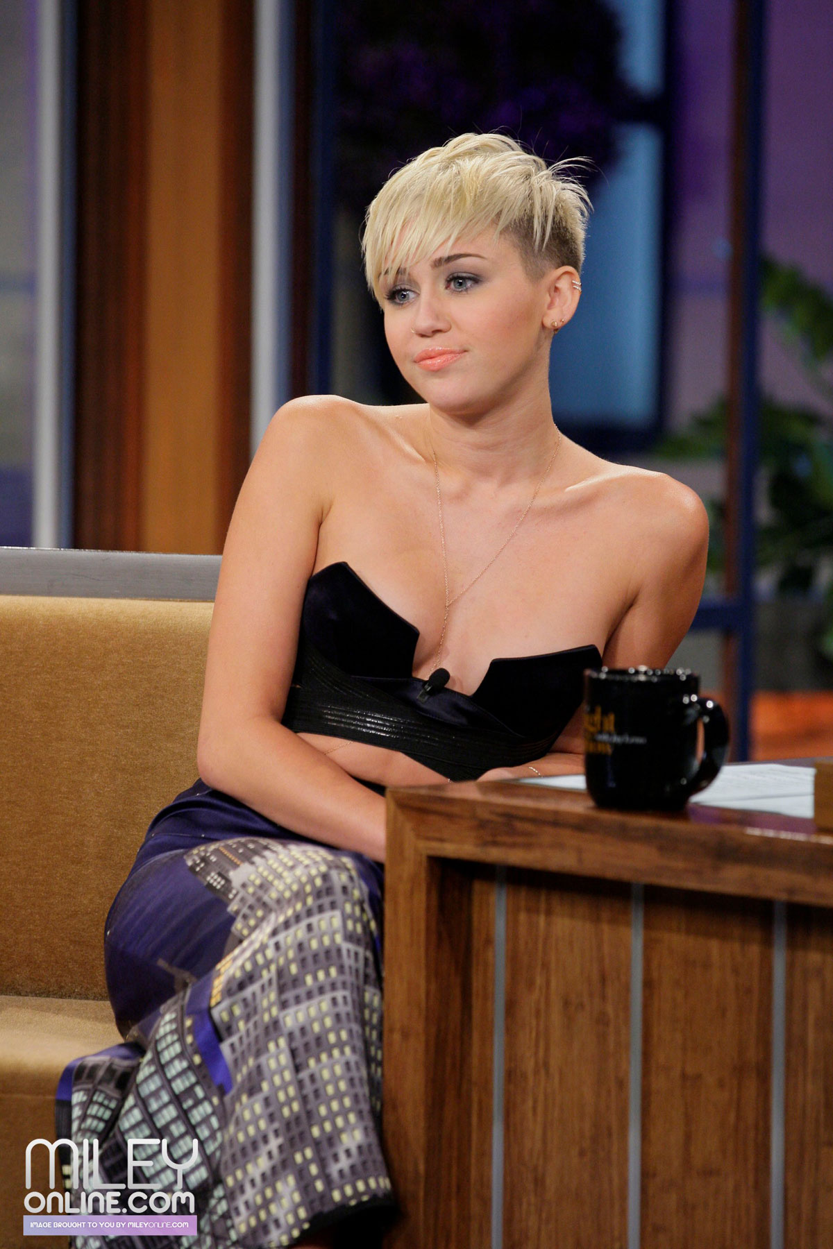 Miley Cyrus On The Tonight Show With Jay Leno Hawtcelebs