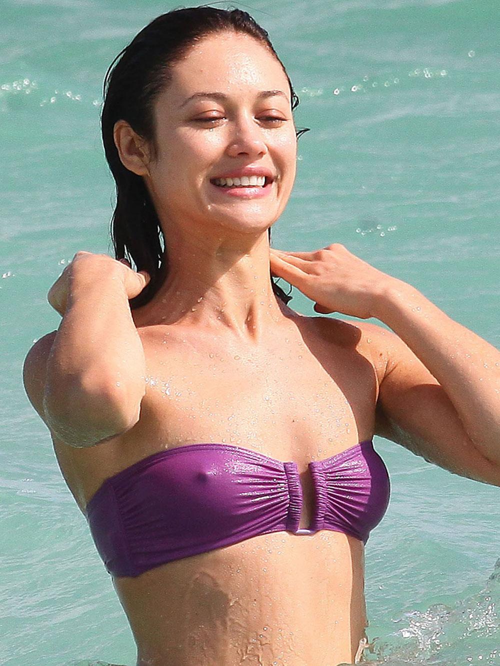 Olga Kurylenko Bikini 39