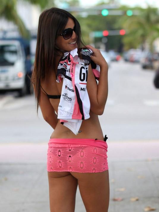 CLAUDIA ROMANI in Bikini on a Photoshoot in Miami