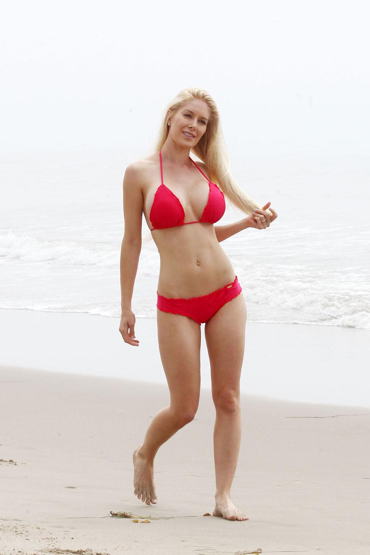 how to look good in a bikini photo