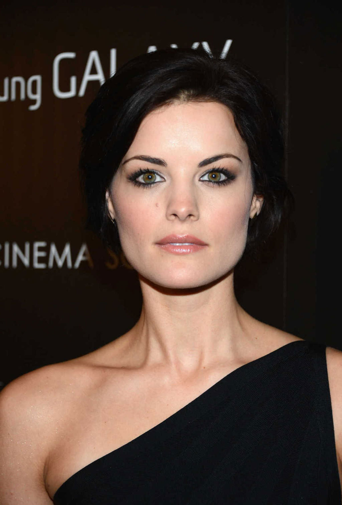 Download this Jaimie Alexander The Twilight Saga Breaking Dawn Part Premiere picture