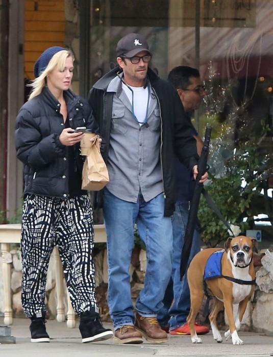 JENNIE GARTH and Luke Perry