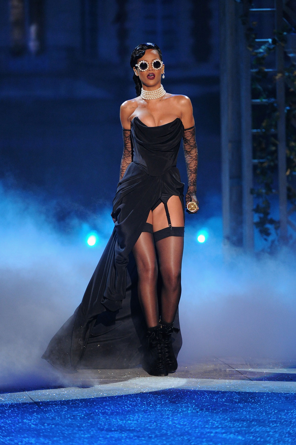 Rihanna At 2012 Victoria S Secret Fashion Show In New York