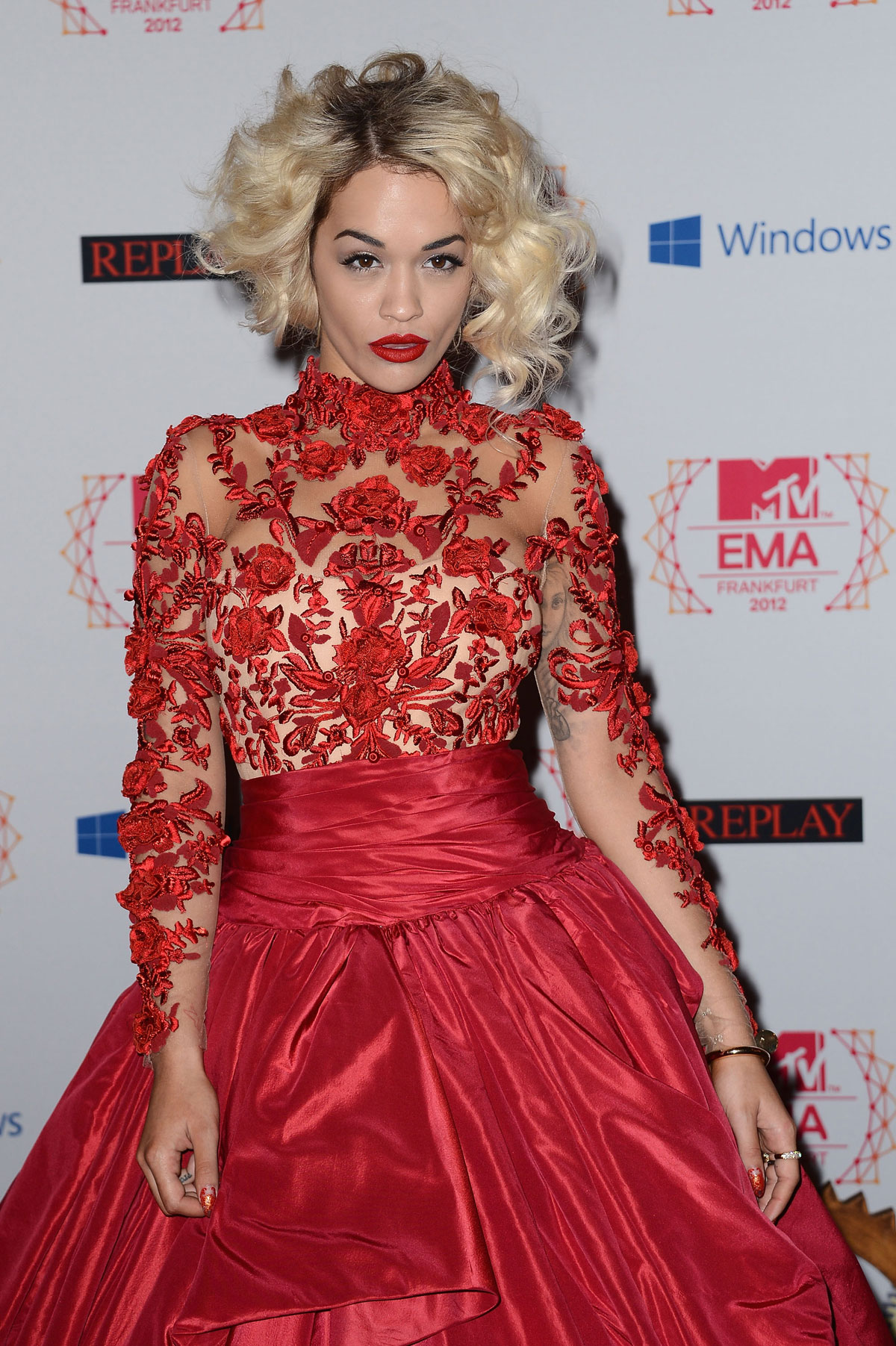 ora muslim Rita ora was born in pristina, yugoslavia (now kosovo) she was raised in london, england there's a rumor going around that ora is muslim 1 because she was born in a country with a large muslim population 2.