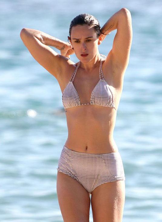 Rumer Willis In Bikini On The Beach In Maui Hawtcelebs