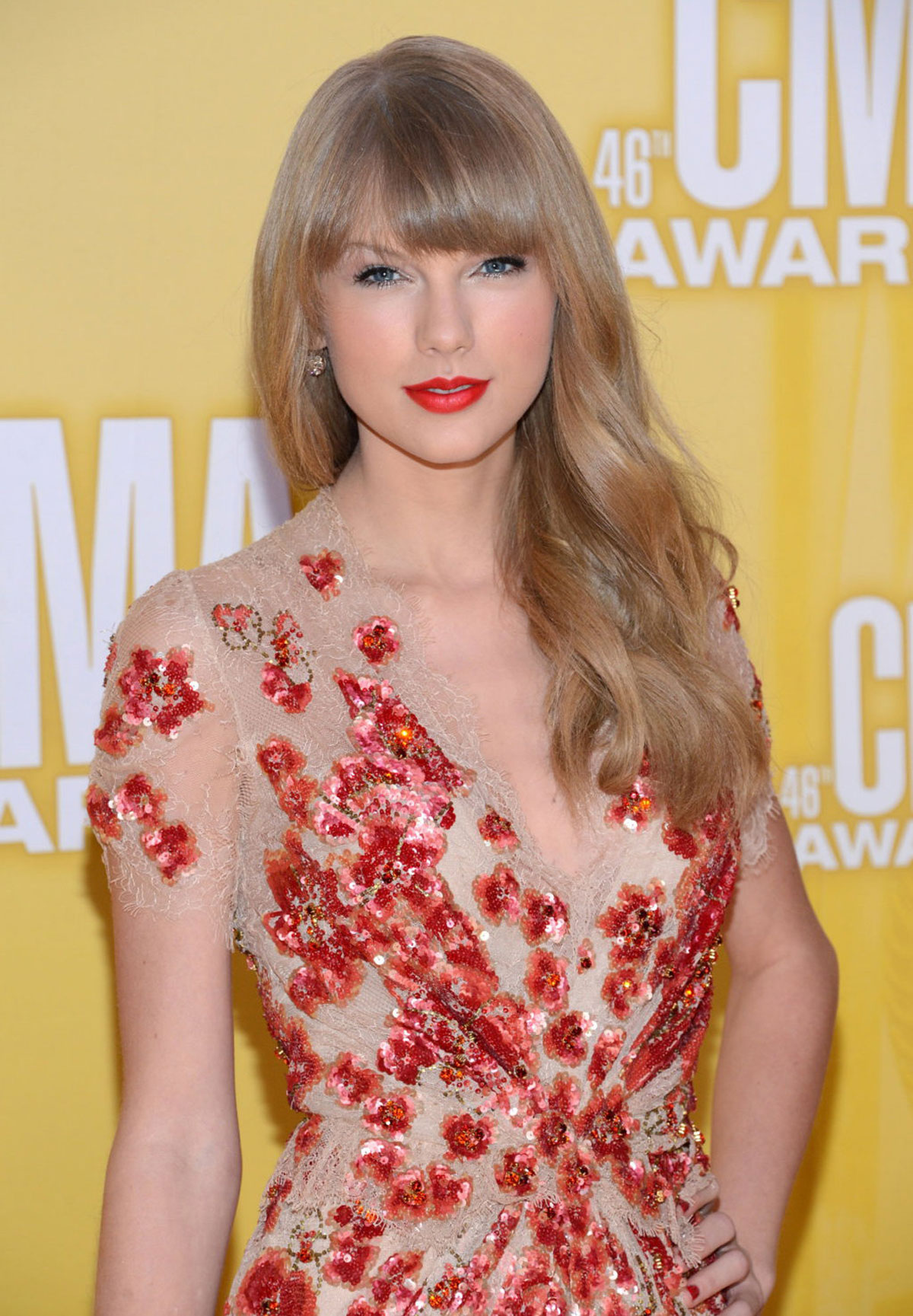 Taylor Swift At 46th Annual Cma Awards In Nashville Hawtcelebs