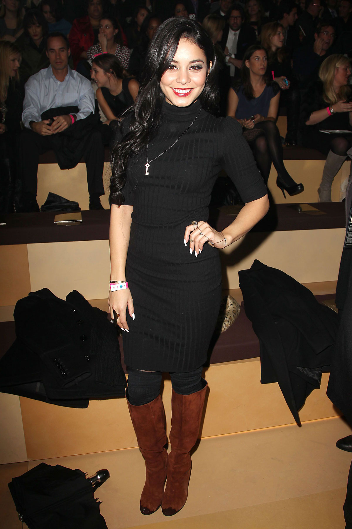 Vanesa Hudgens At 2012 Victoria S Secret Fashion Show In New York Hawtcelebs