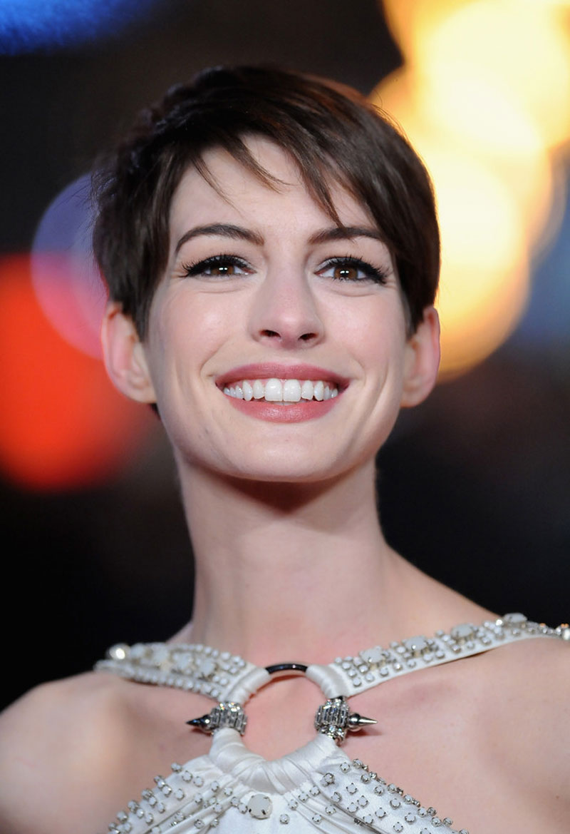 anne hathaway at les miserables premiere in london hawtcelebs anne hathaway