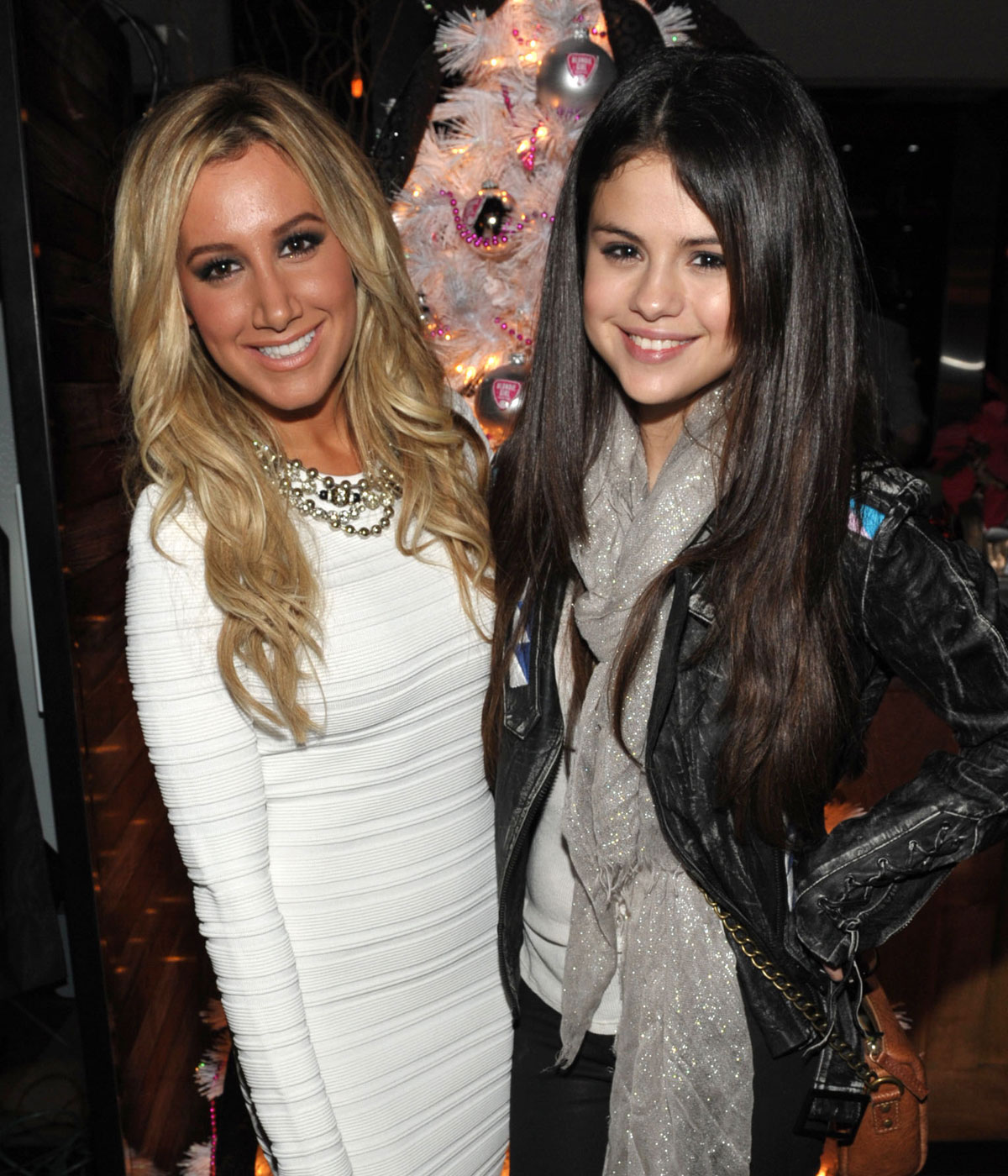 Ashley Tisdale And Selena Gomez At Blondie Girl -4375