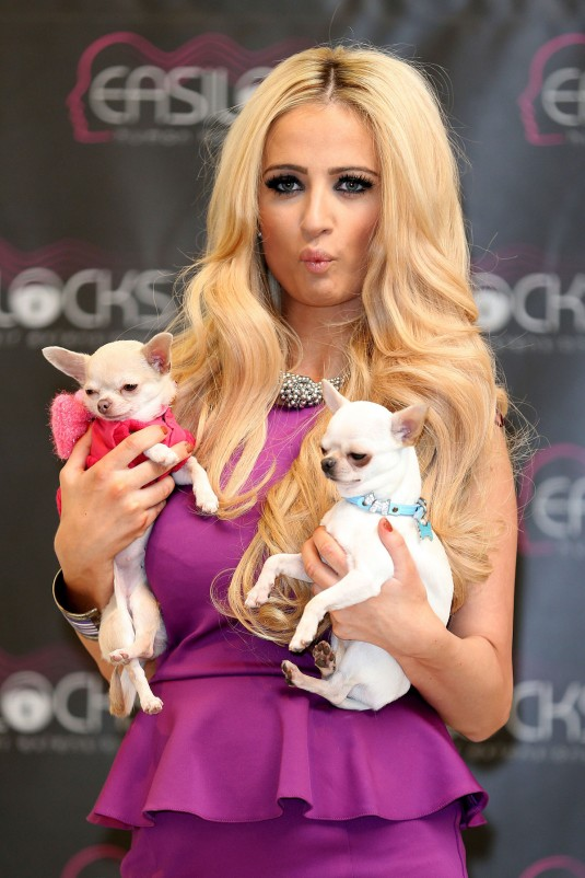 CHANTELLE HOUGHTON at Easilocks Promotion