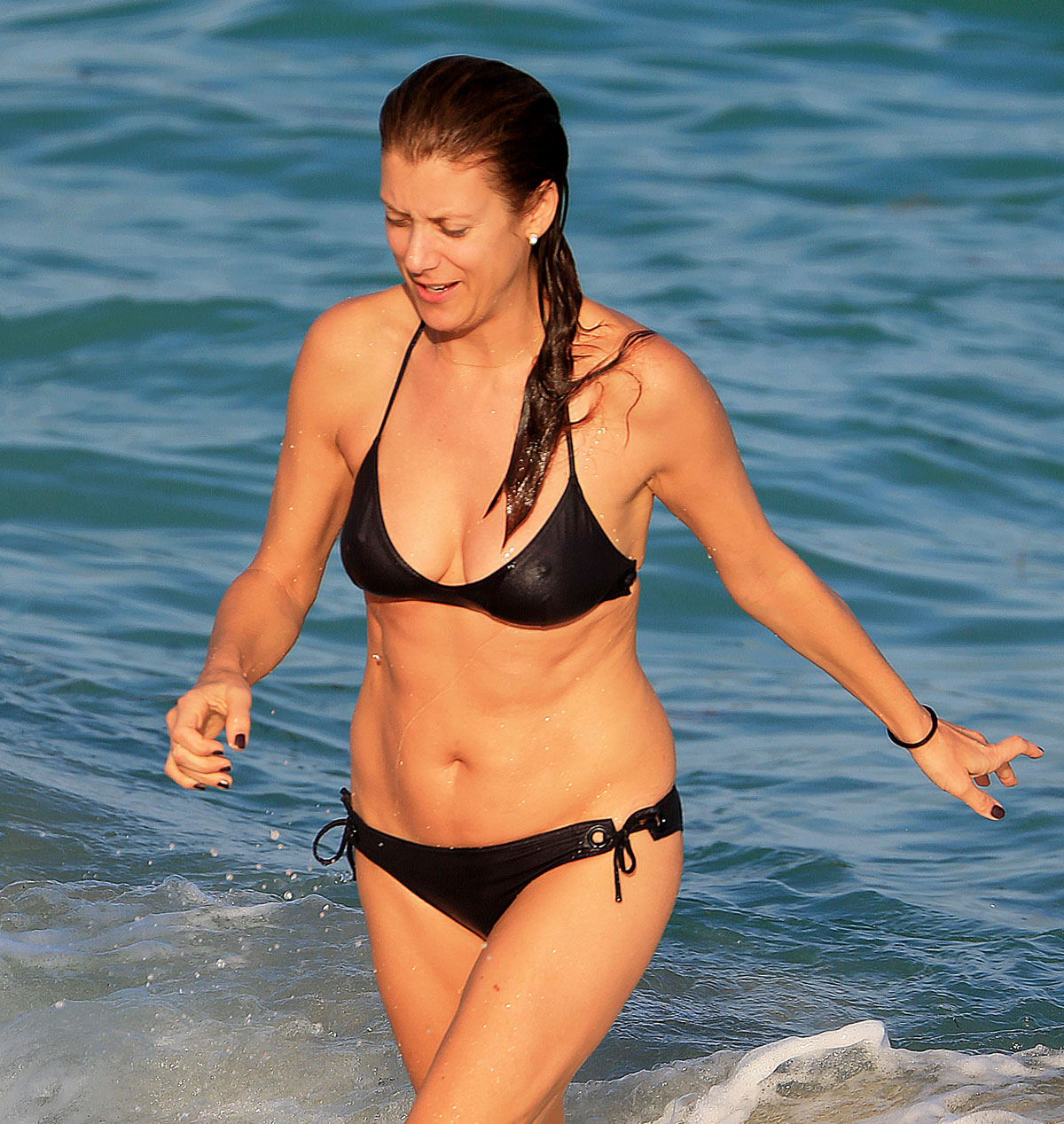 Kate Walshs Bikini Body at Age 47: See the Photos