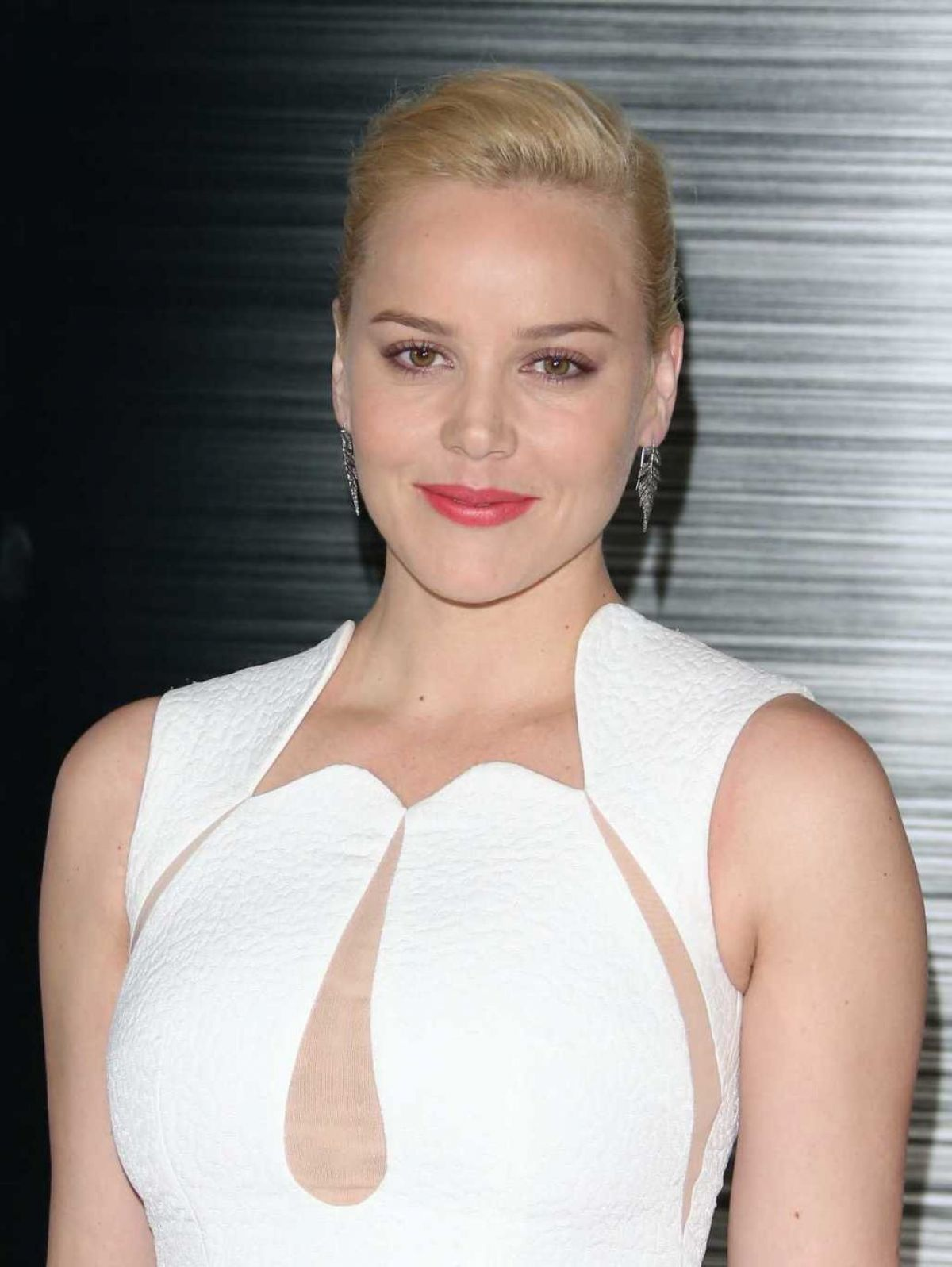 ABBIE CORNISH at Robocop Photocall in Los Angeles - HawtCelebs ... Abbie Cornish