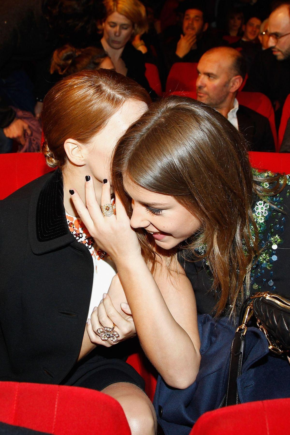 Adele exarchopoulos and lea seydoux nude lesbo scene 9