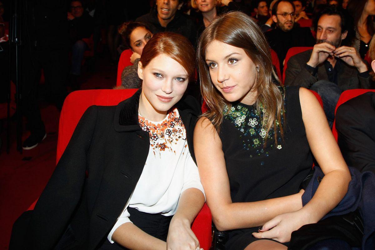 Adèle exarchopoulos and léa seydoux lesbian scene tribbing 10