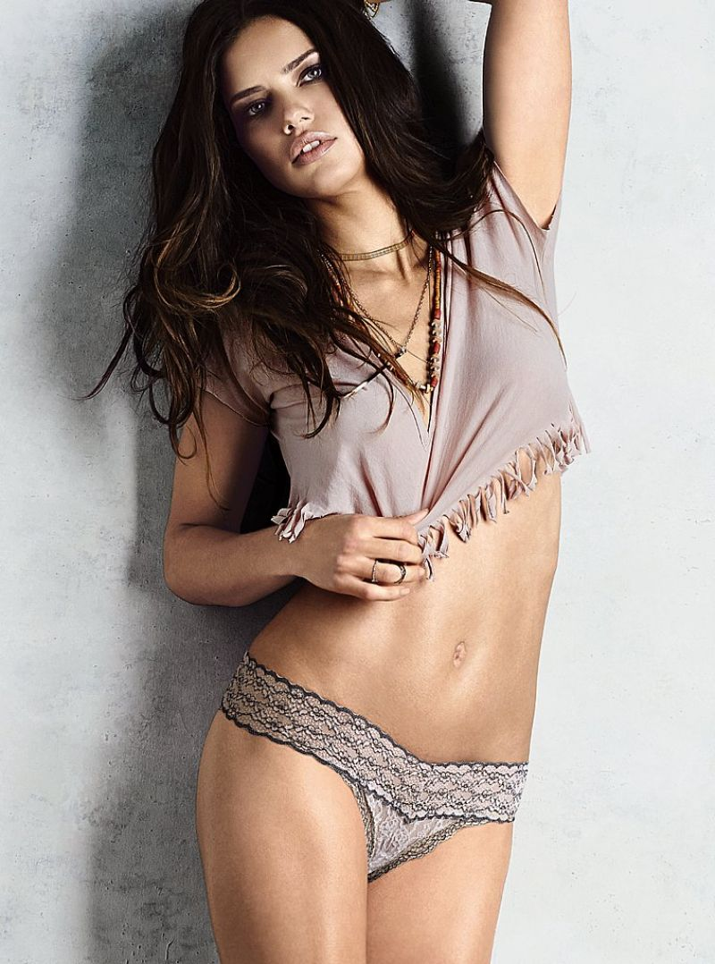 0b4e1d2531b ADRIANA LIMA – Victoria s Secret