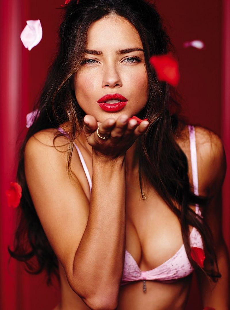 These Adriana Lima Nudes Are Perfect in Every Way (33) Adriana lima victoria secret pictures