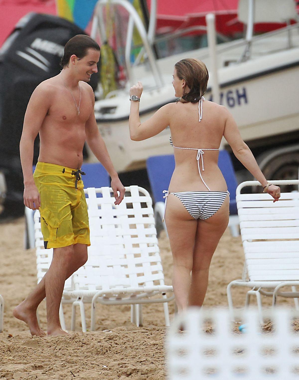 Alice Eve Candid Bikini Beach Pics nude (93 photos), Feet Celebrites pic