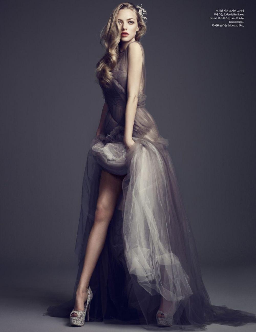 AMANDA SEYFRIED in Elle Magazine, Korea January 2014 Issue – HawtCelebs