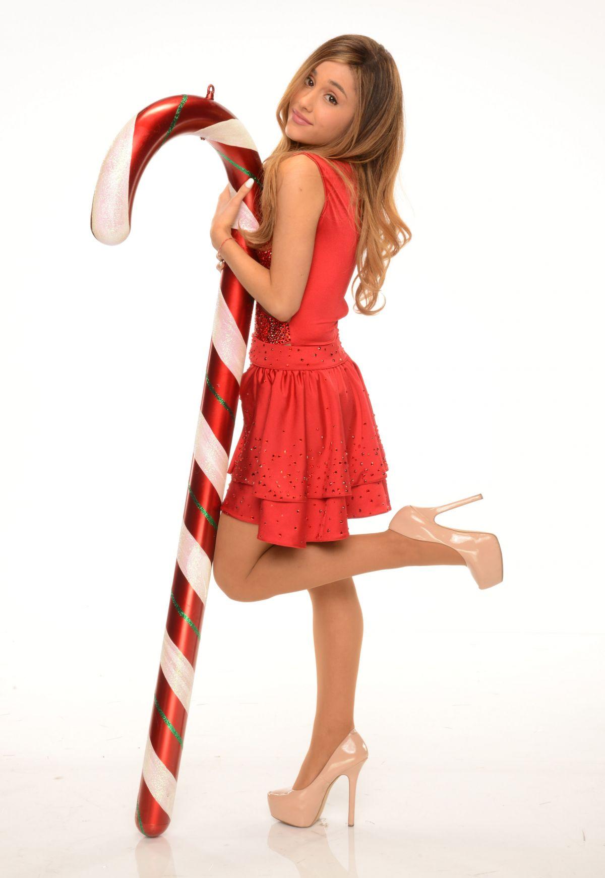 Ariana Grande Christmas.Ariana Grande Christmas 2014 Photoshoot Hawtcelebs