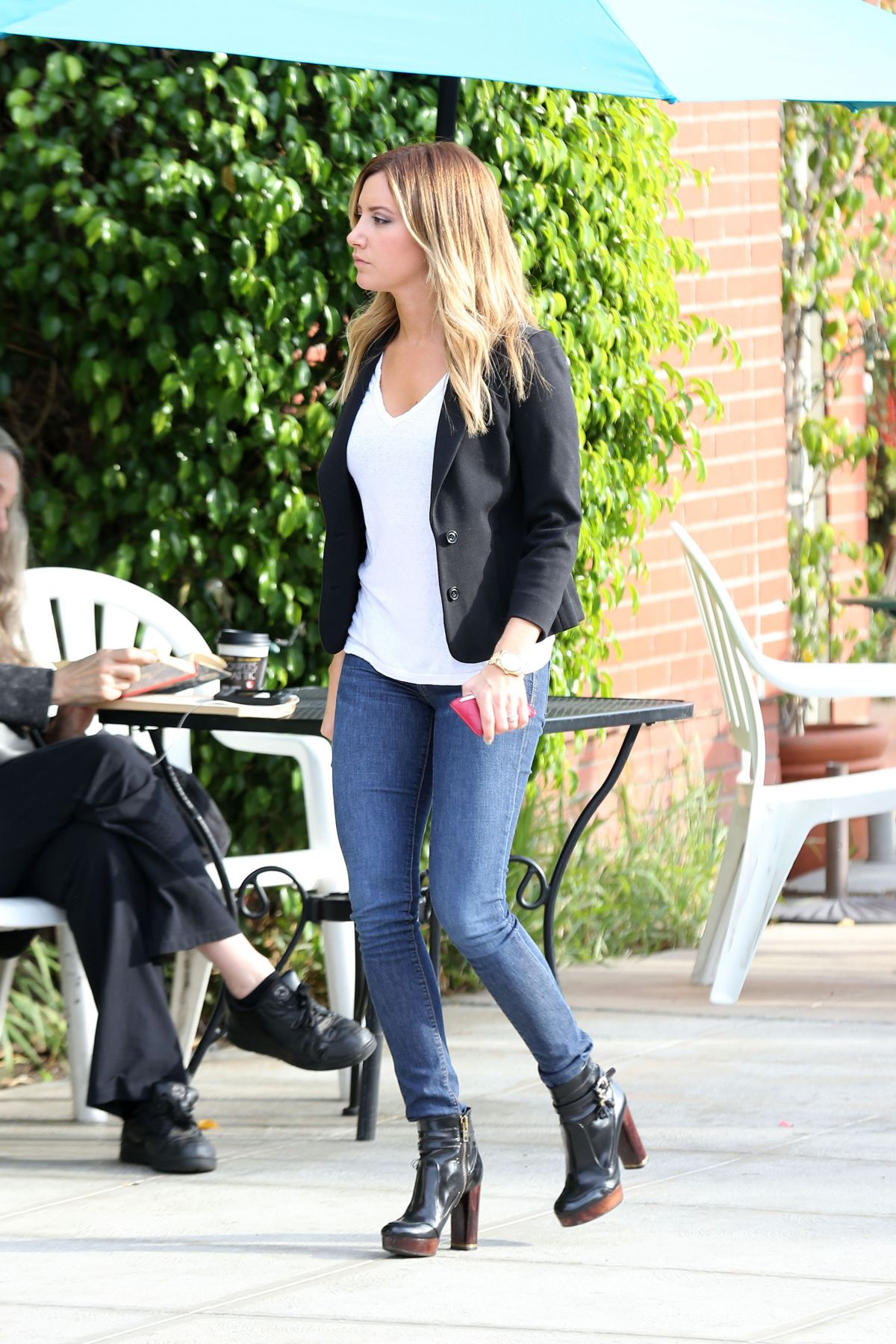 Ashley tisdale naked ass jeans