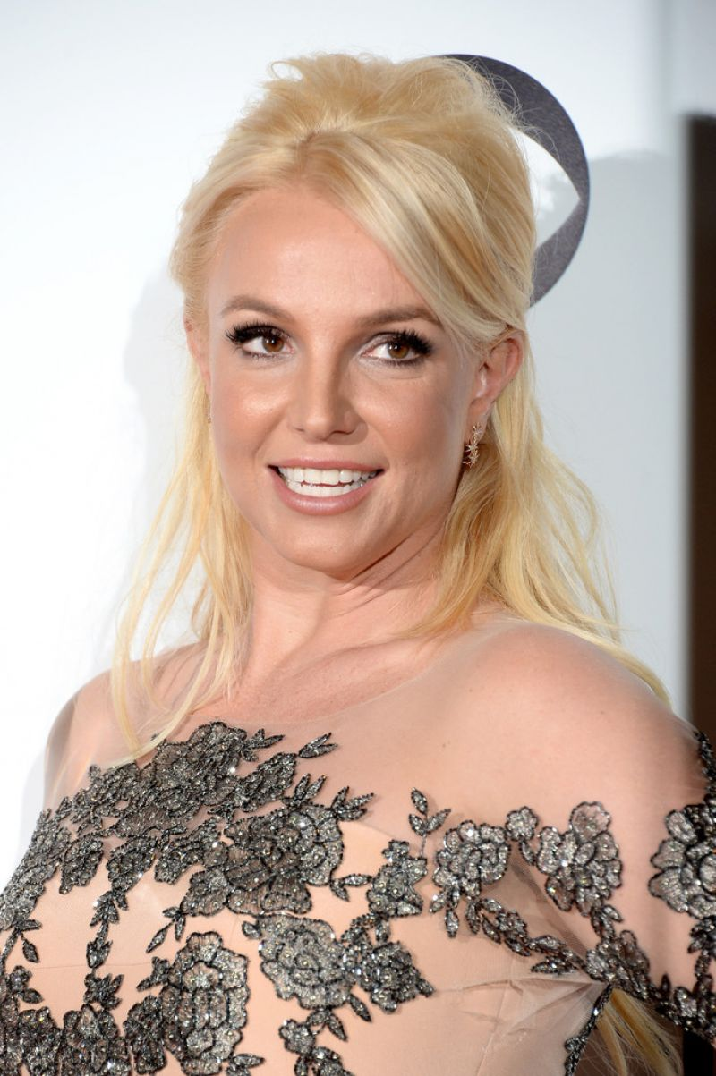 BRITNEY SPEARS at 40th Annual People