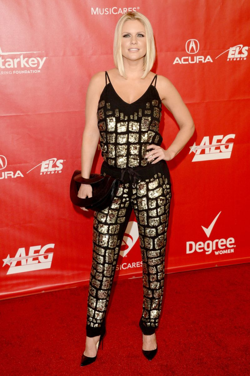 CARRIE KEAGAN at 2014 Musicares Person of the Year Gala in Los Angeles 1