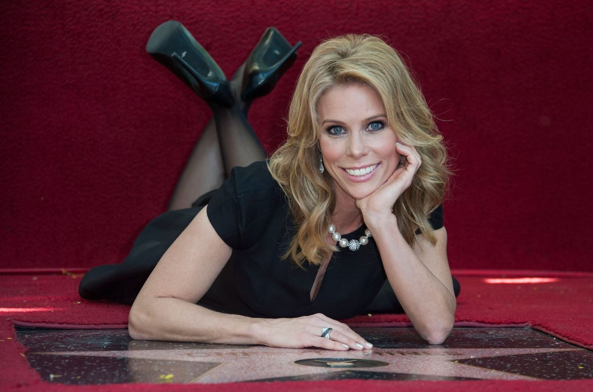 CHERYL HINES Gets Star on Hollywood Walk of Fame