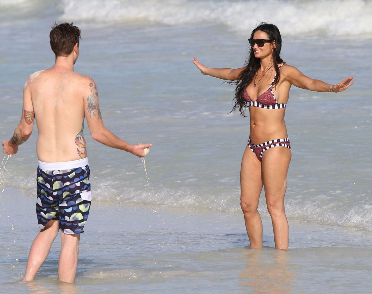 Demi Moore White Bikini 84