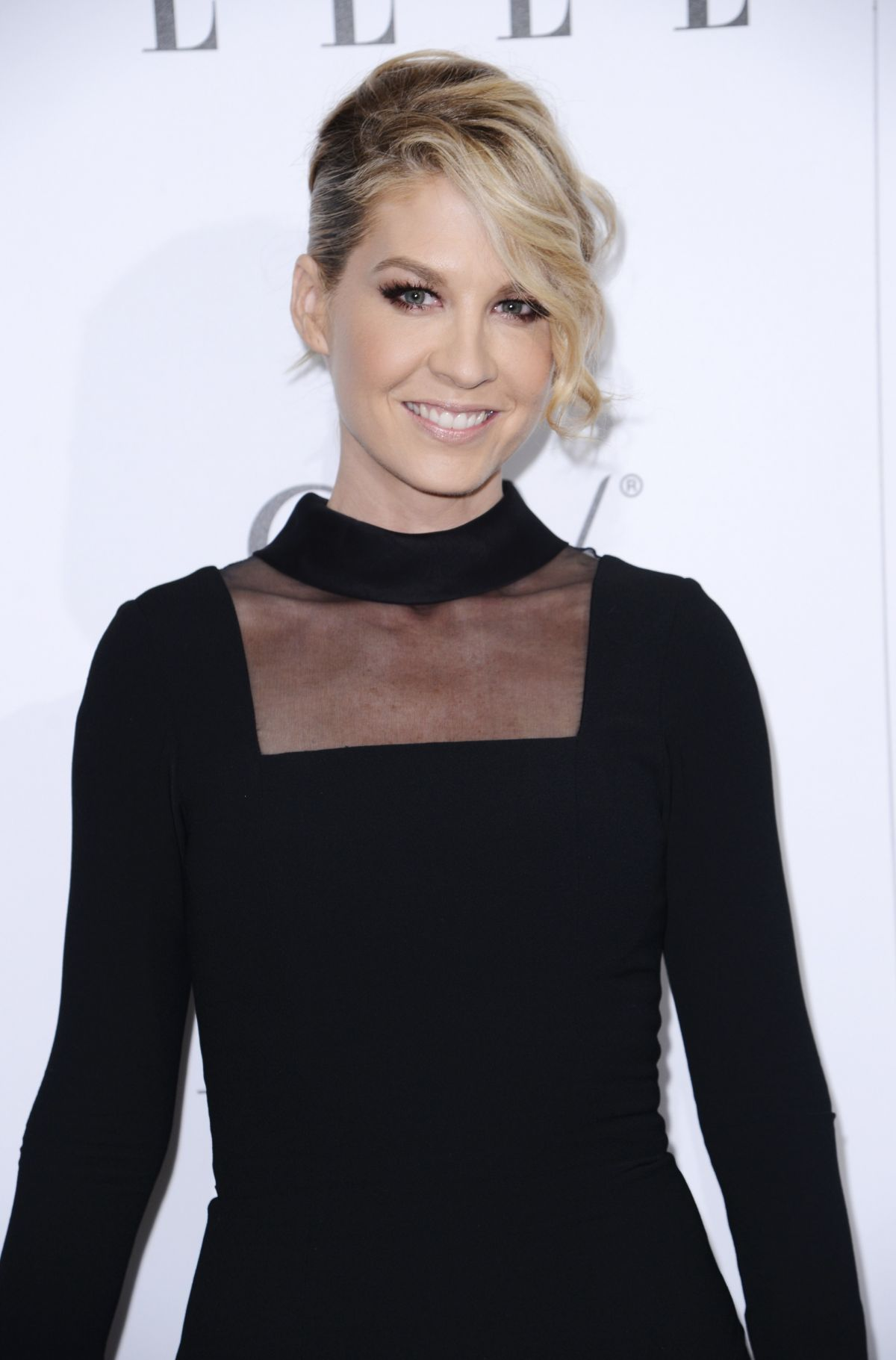 JENNA ELFMAN at Elle's Women in television Celebration in Hollywood