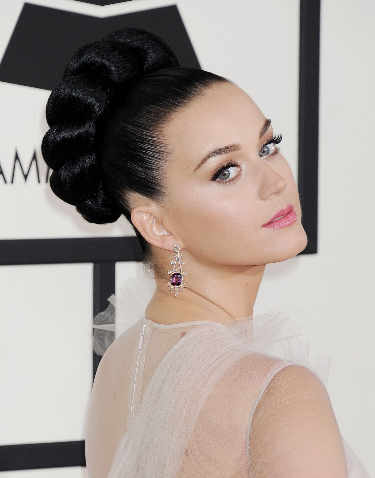 katy perry dating 2014 Even when perry began dating swift's ex john mayer  — katy perry (@katyperry) september 9, 2014  which will include both perry and minaj katy spills to.