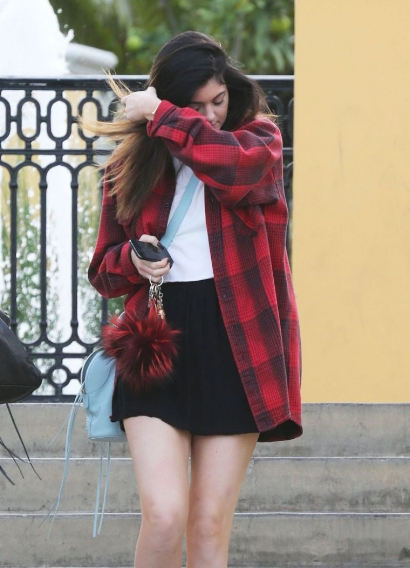KYLIE JENNER Out for a Lunch in Calabasas