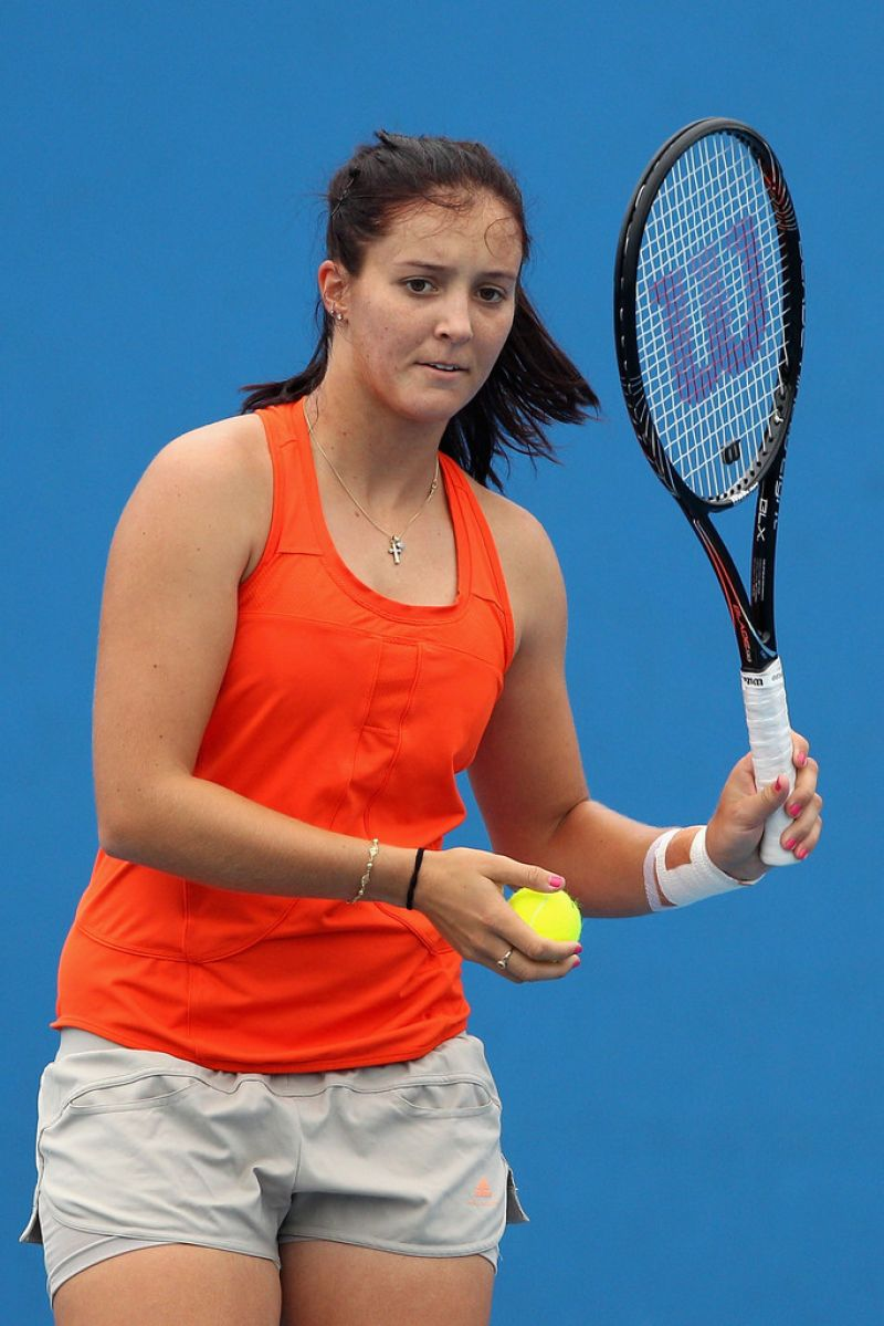 LAURA ROBSON at Practice Session in Melbourne