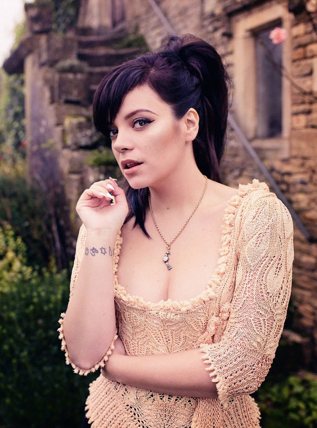 LILY ALLEN in Esquire Magazine - HawtCelebs - HawtCelebs Lily Allen