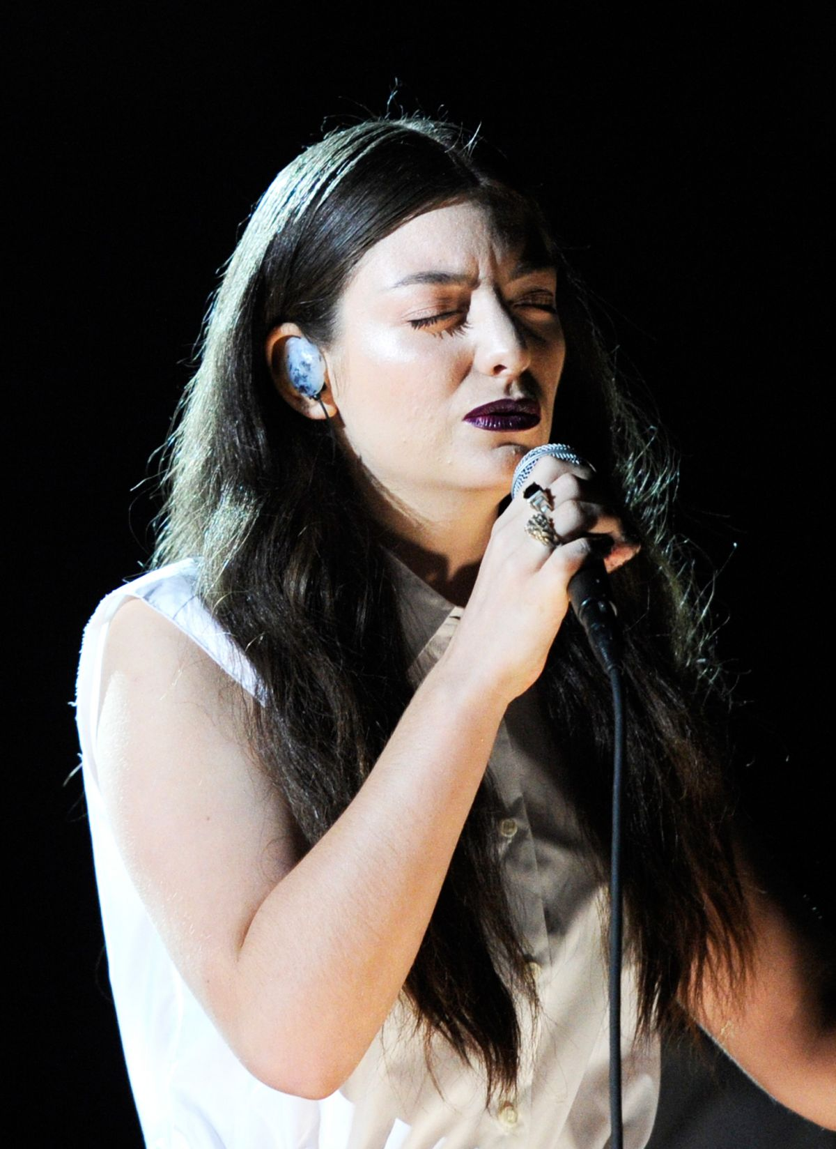 LORDE at 2014 Grammy Awards in Los Angeles - HawtCelebs