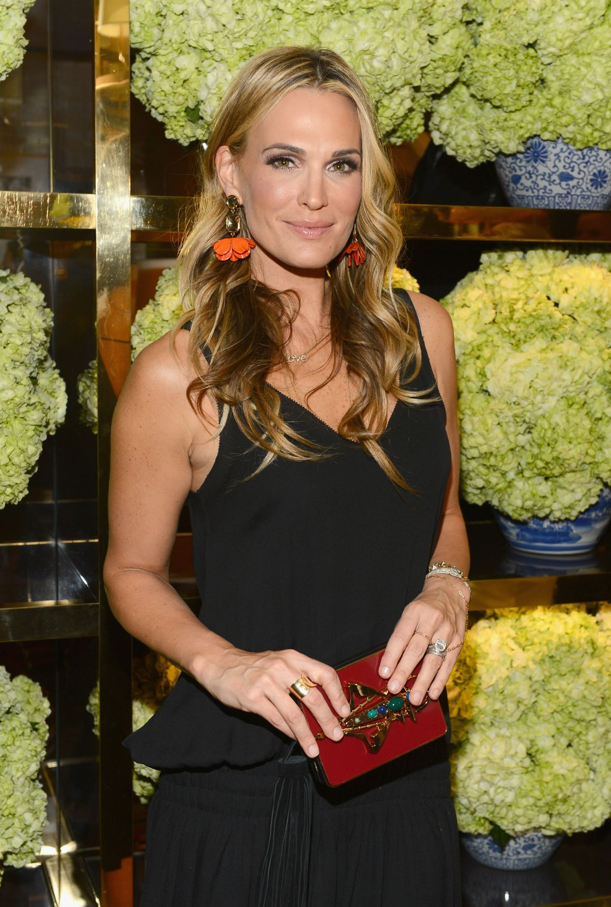 MOLLY SIMS at Tory Burch Rodeo Drive Flagship Opening in Beverly