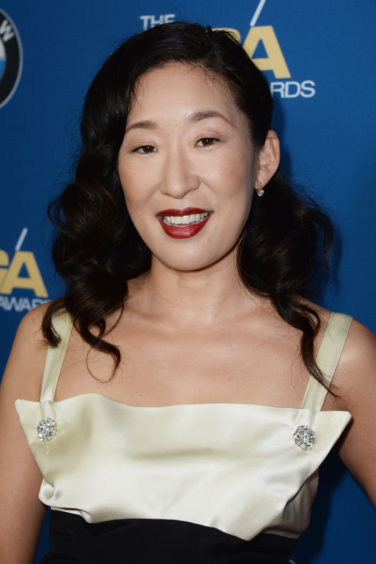 SANDRA OH at 2014 Directors Guild of America Awards in Century City