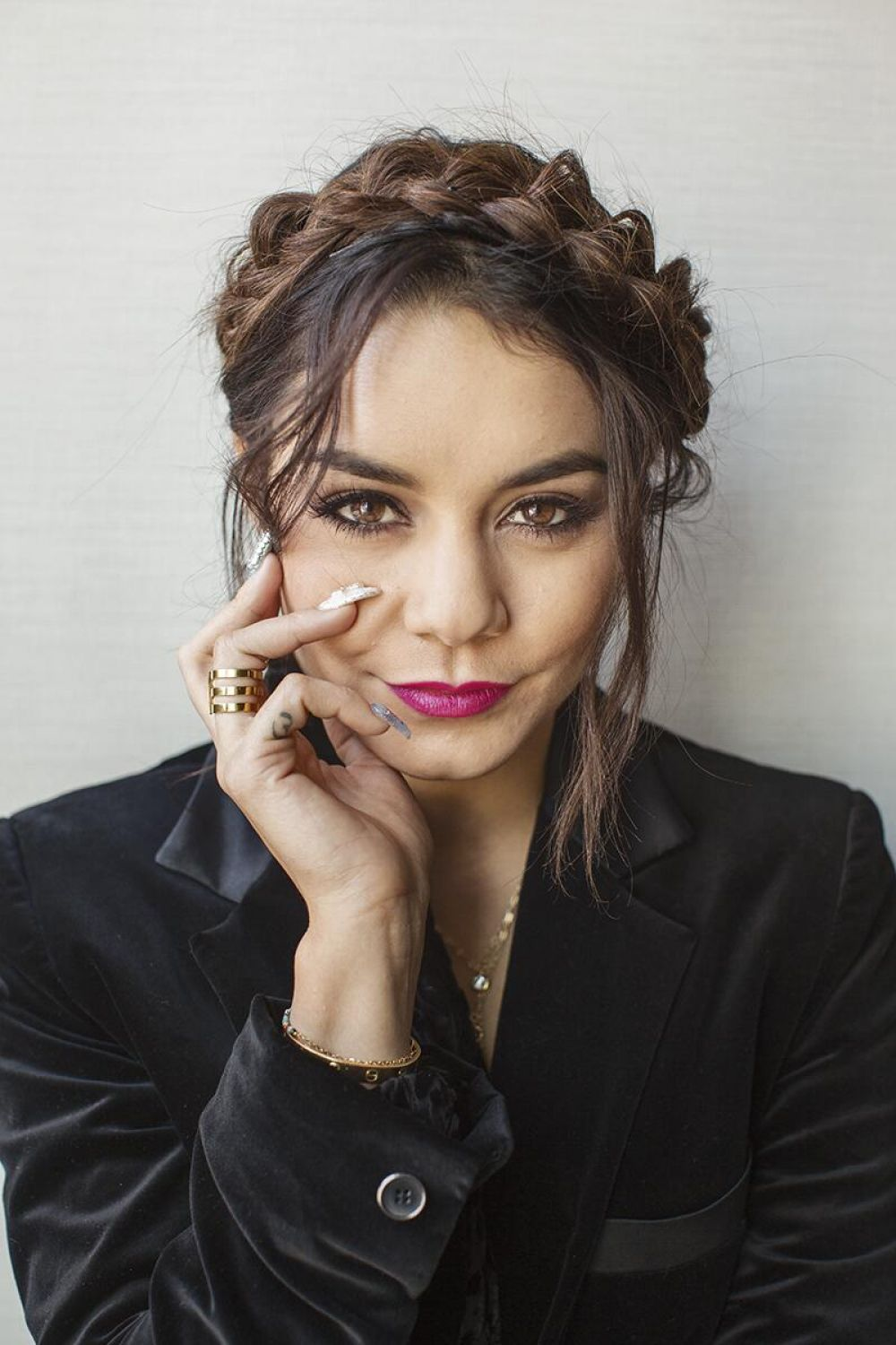 VANESSA HUDGENS - Photoshoot by Lenny Gilmor for Chicago Tribune