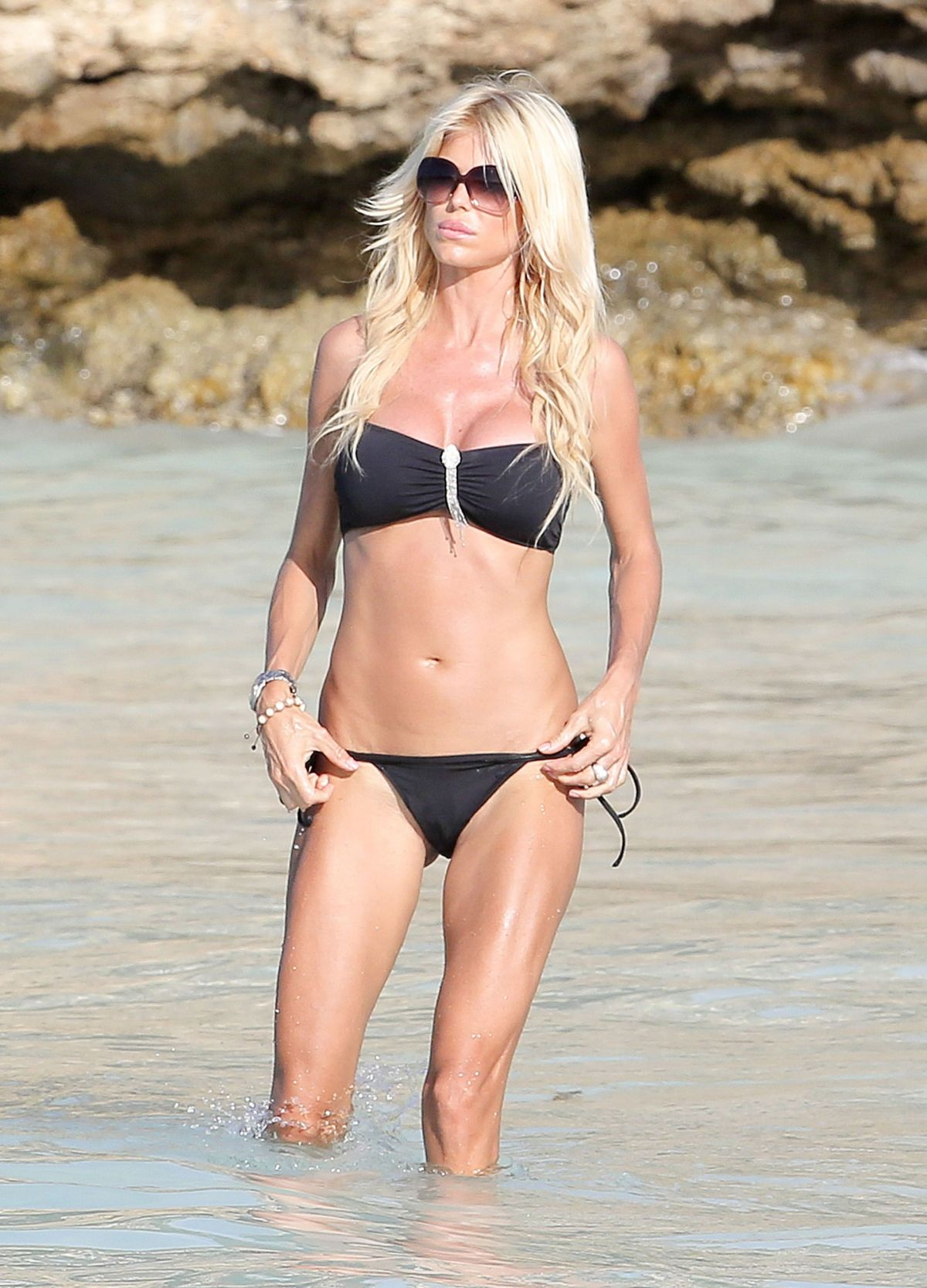 Celebrity Victoria Silvstedt naked (25 foto and video), Topless, Cleavage, Feet, see through 2019